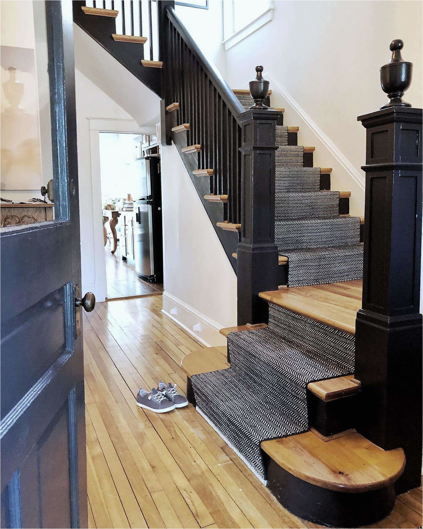 Area Rug for Stair Landing How to Choose A Stair Runner Rug