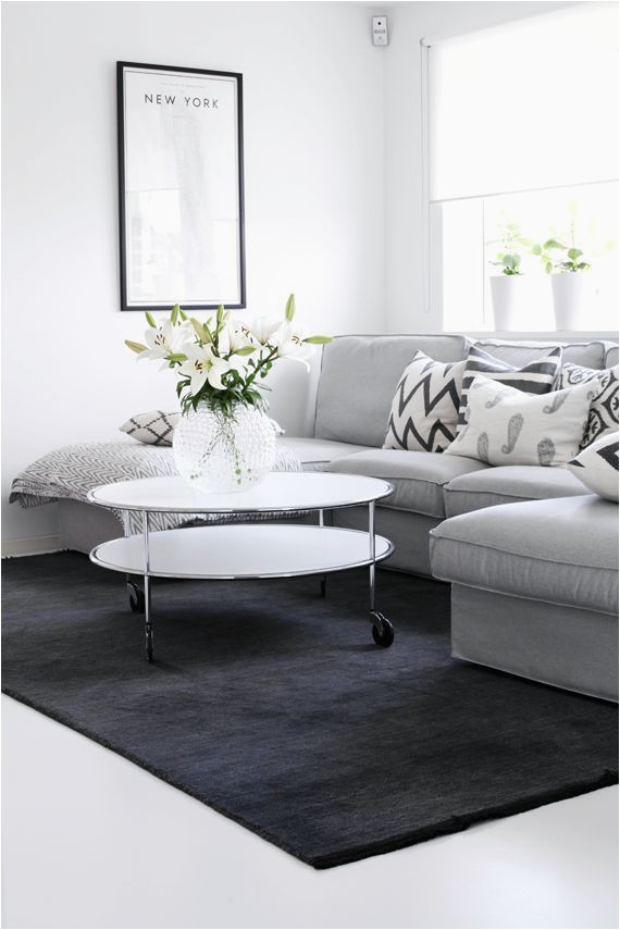 Area Rug with Chaise sofa 10 Beautiful Grey and White Living Rooms