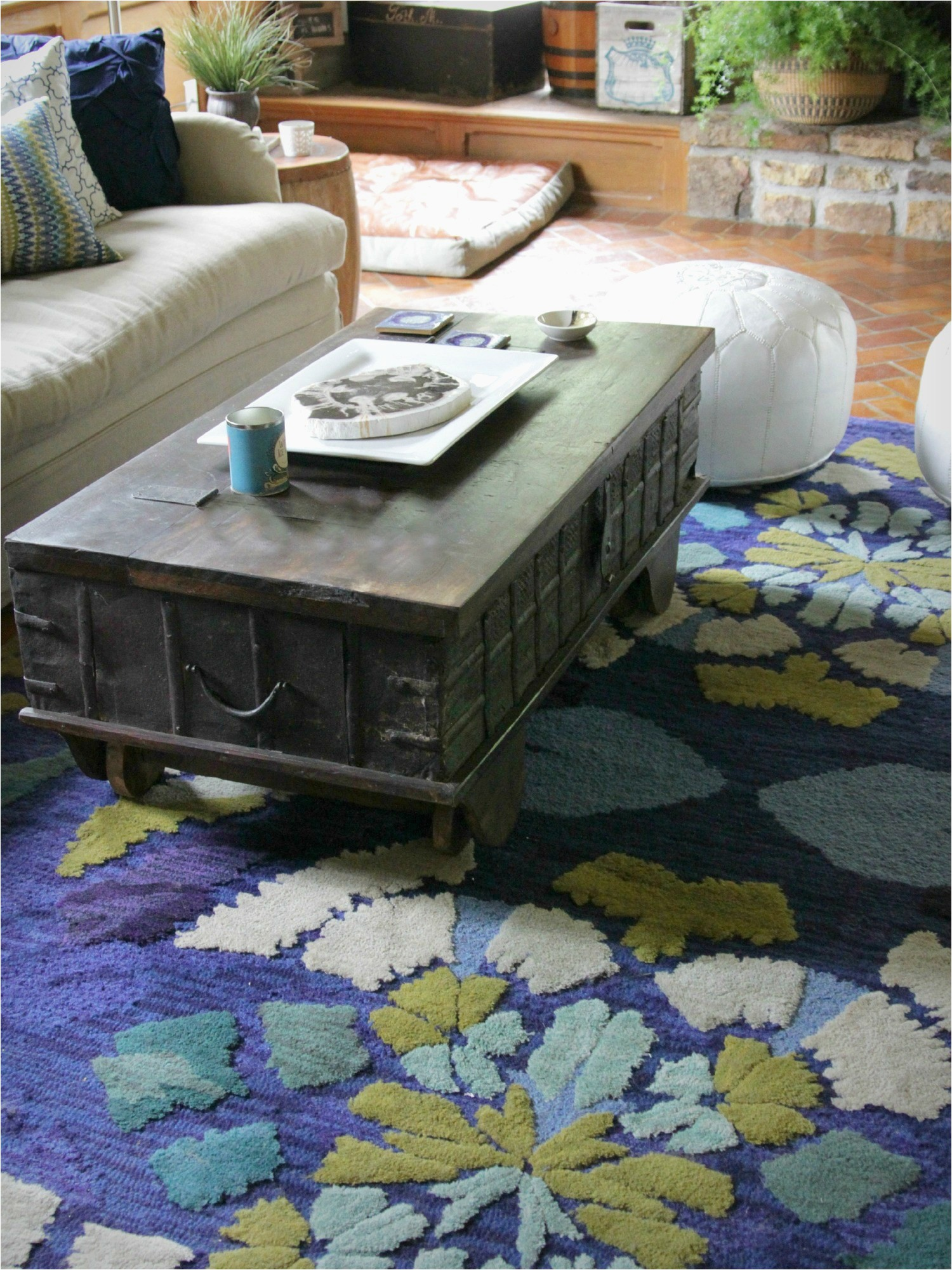 Area Rugs and Matching Pillows 5 Reasons You Re Not Finding the Perfect Rug Decor Fix