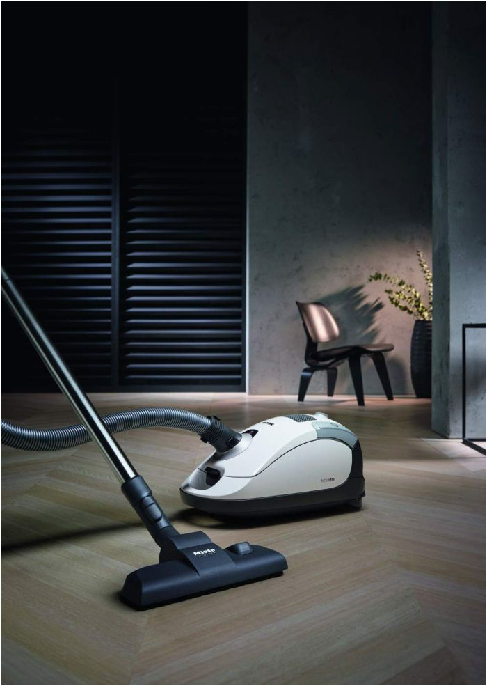 Best Upright Vacuum for Hardwood Floors and area Rugs top 5 Best Vacuums for Hardwood Flooring