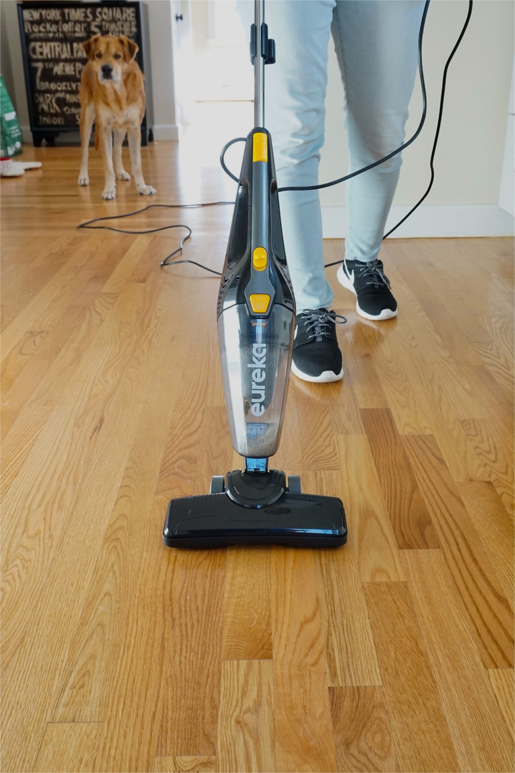 Best Vacuum Cleaner for Wood Floors and area Rugs Eureka Blaze 3 In 1 Swivel Lightweight Stick Vacuum Review