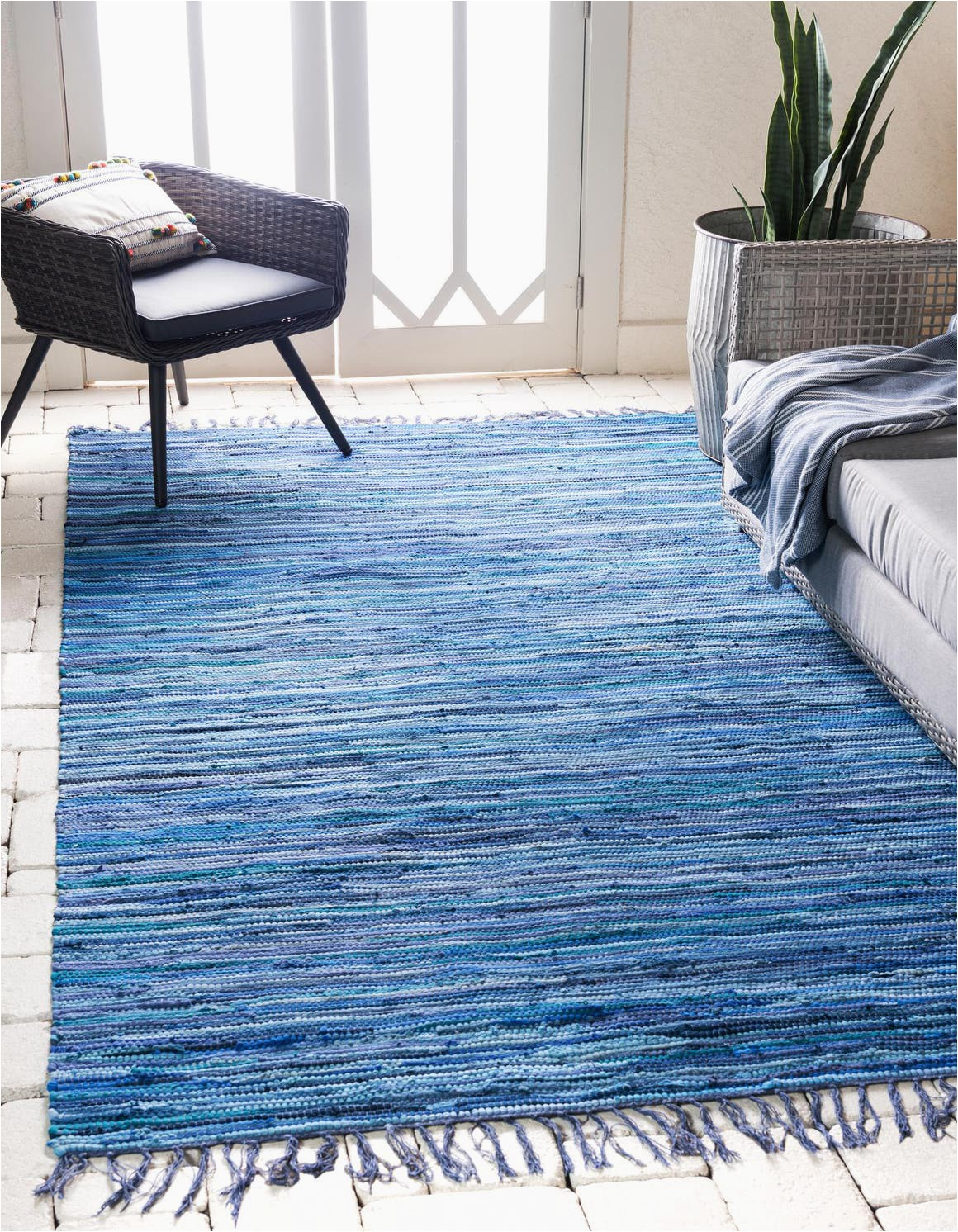 navy blue 8x10 chindi cotton area rug