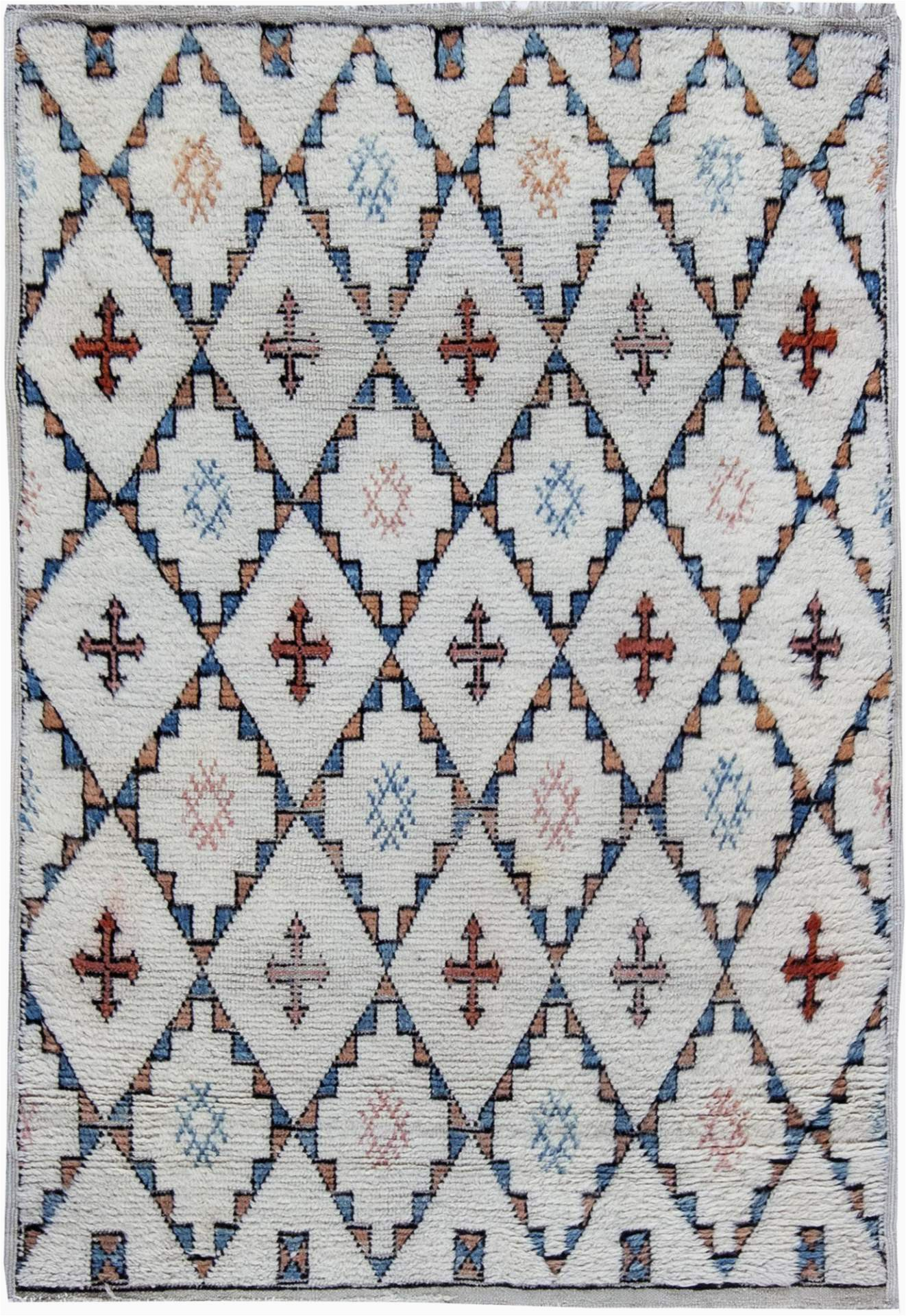 Blue and White Moroccan Rug Vintage Moroccan Rug Diamond Hac Pitrak Pattern White 4 —5 8