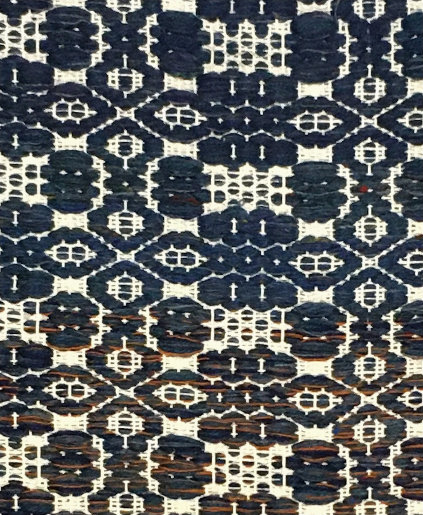 blue and white wool rug 29 x 51