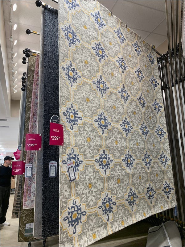 Does Marshalls Sell area Rugs Homegoods Vs at Home which Home Decor Retailer is Better