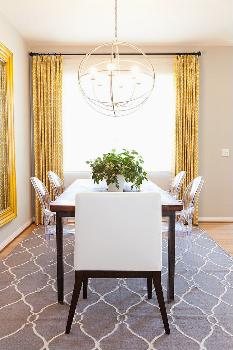 Flat weave rug adds simple pattern and style to the dining room
