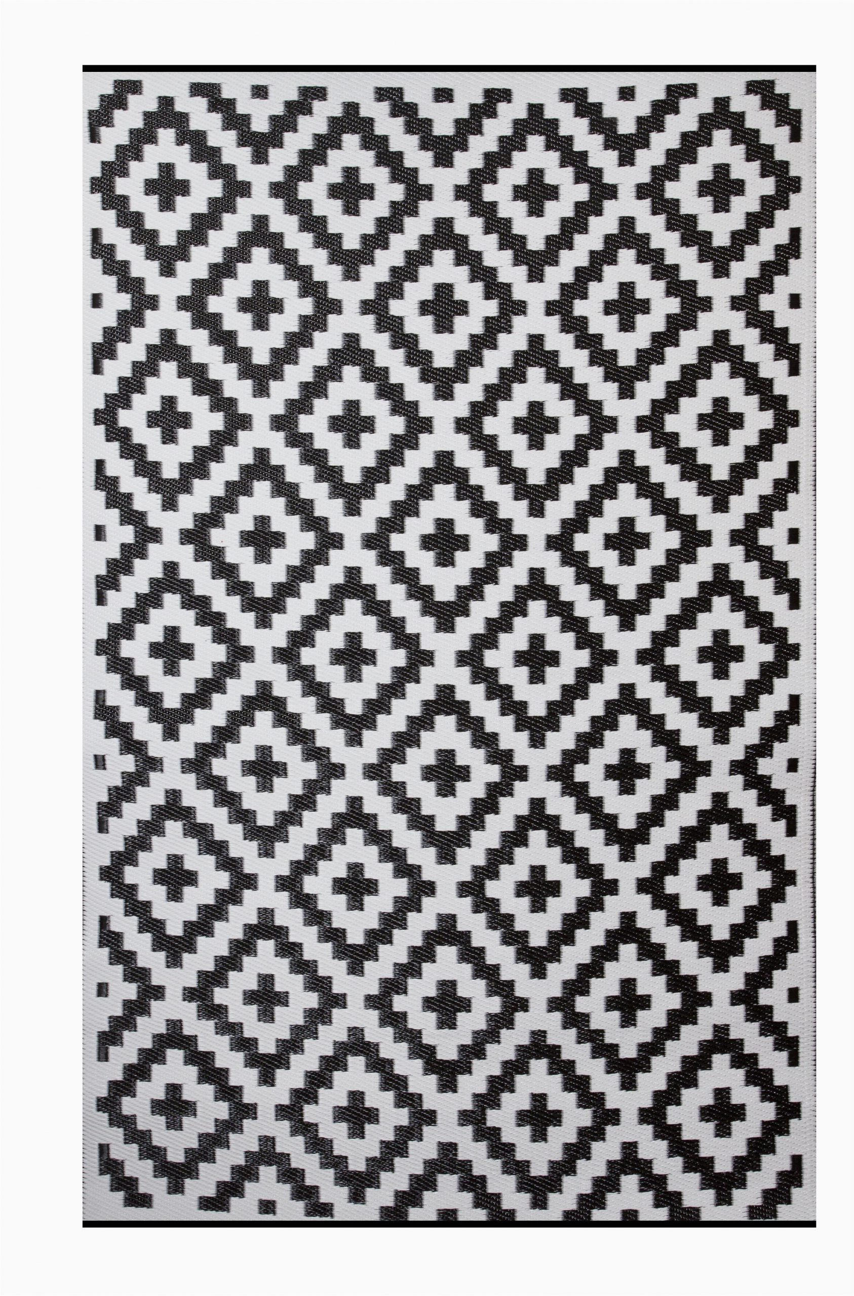 premier home hand woven blackwhite indooroutdoor area rug
