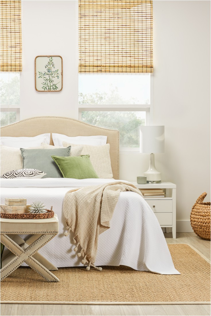 how to choose an area rug for your bedroom pin