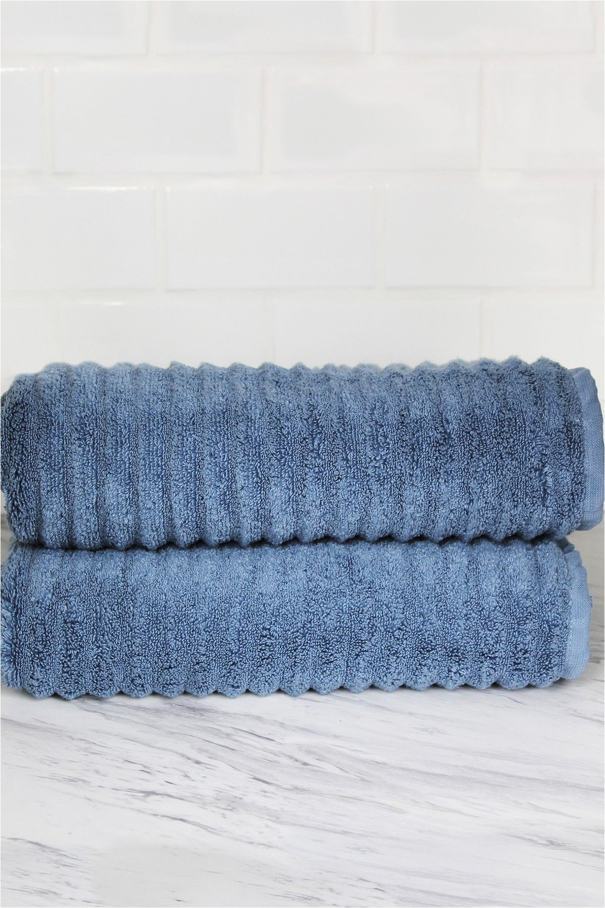 Blue Bath towels and Rugs Melange Home