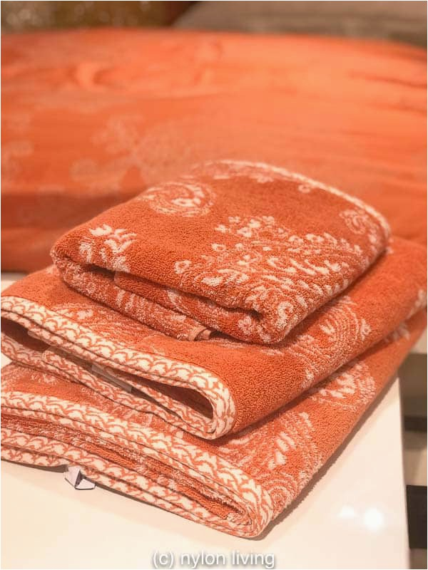 coral colored towels
