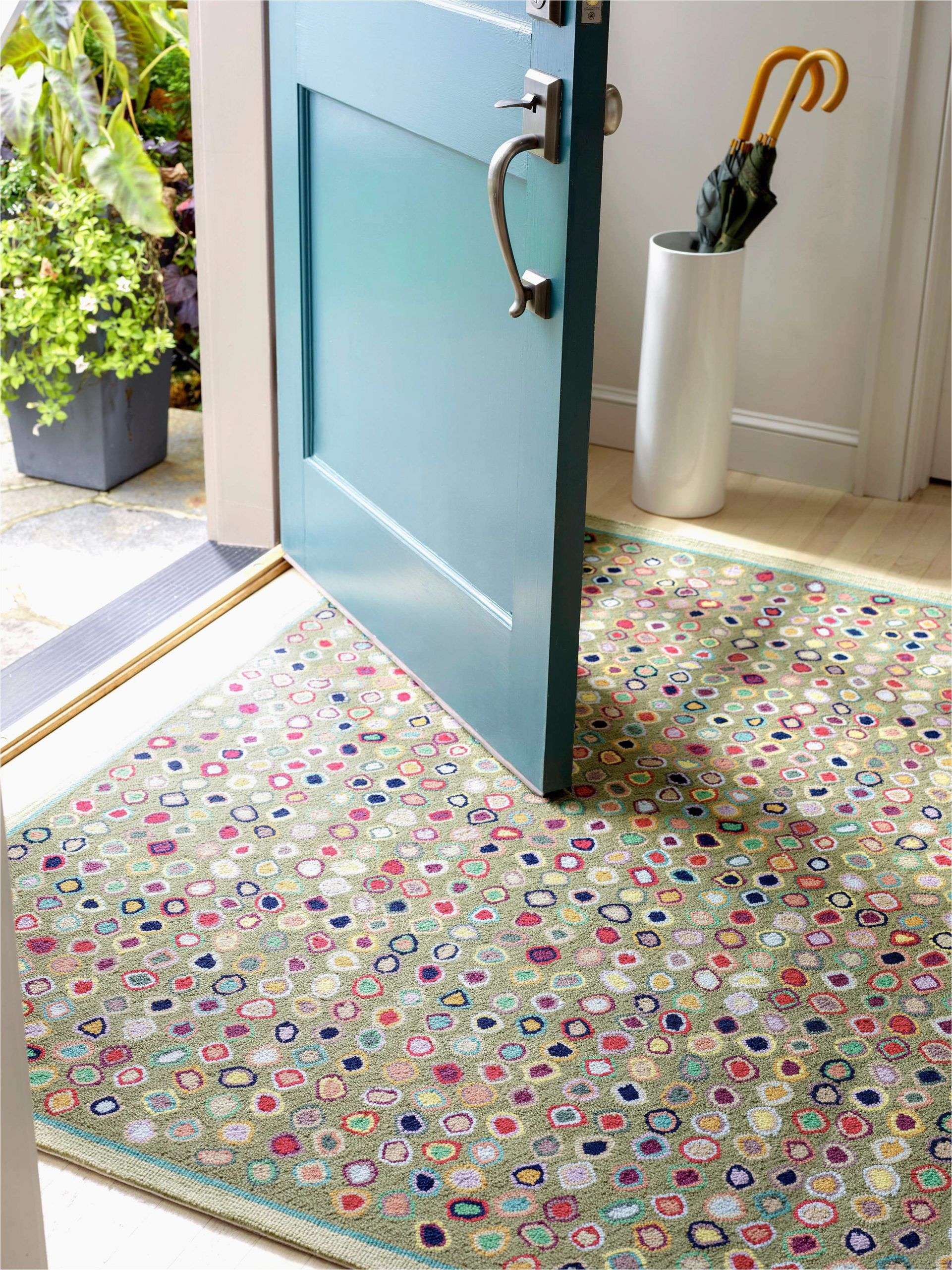 Custom Size Bath Rugs How to Choose the Right Rug for the Mudroom