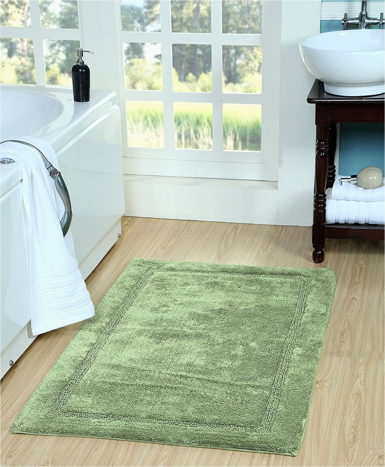 Good Quality Bath Rugs Amazon Saffron Fabs Sfbr1411s Bathroom Rug In Coral 34