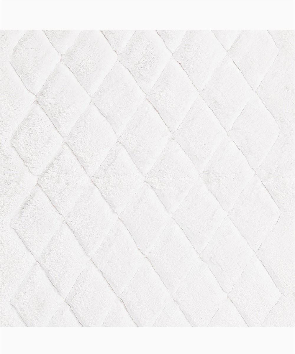 white diamond marquis bath mat set of two