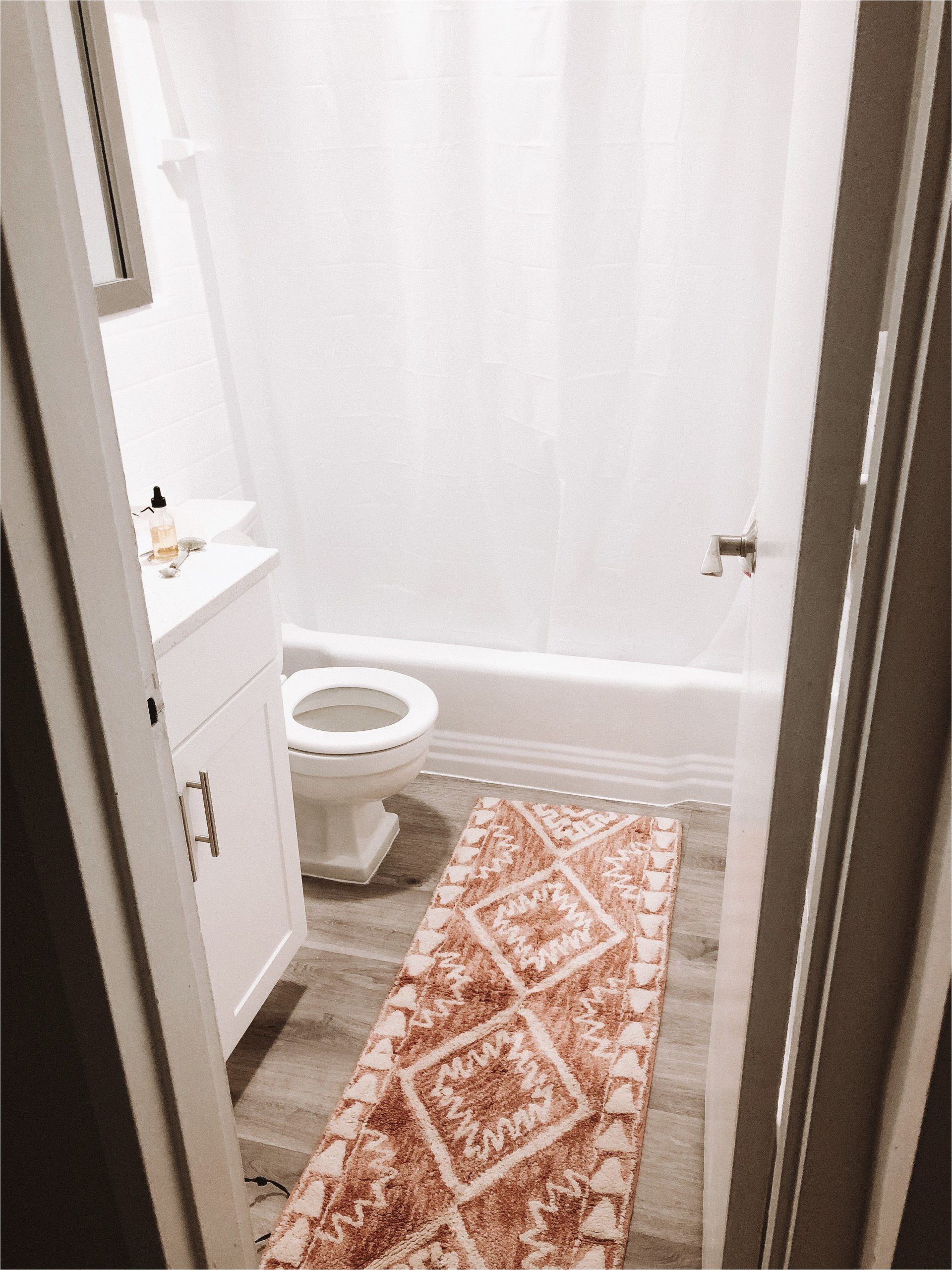 White Runner Rug for Bathroom Cute Bath Mat
