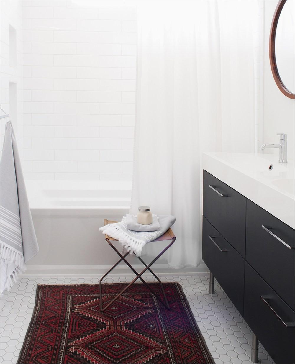 Red Vintage Wool Rug in Bathroom