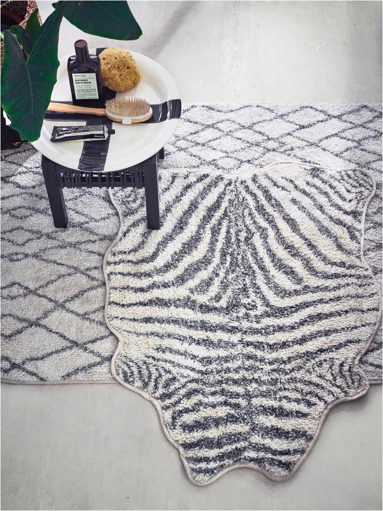 product zebra bath mat black white 2819