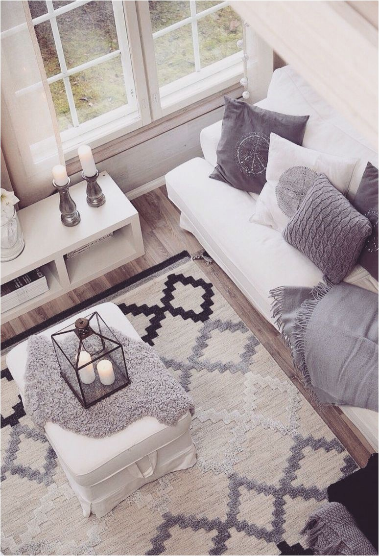 Area Rugs for White Furniture Really Like Geometric Rug and White Furniture 🌀💠🌀💠rugs