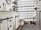 Farmhouse Style Bath Rugs Farmhouse Bathroom In 2020