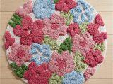 Flower Shaped Bath Rug Tufted Flowers Round Bath Rug Pier1