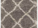 Safavieh Daley Geometric Plush Shag area Rug Safavieh Belize Joisse Geometric Plush Shag area Rug or